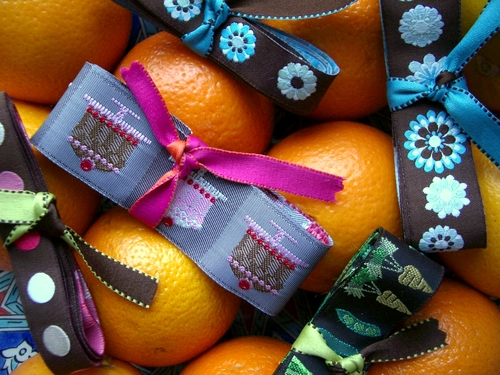 Oranges_ribbons